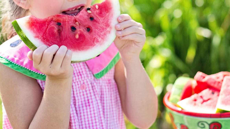 ¿Cómo prevenir y manejar el sobrepeso en sus hijos?